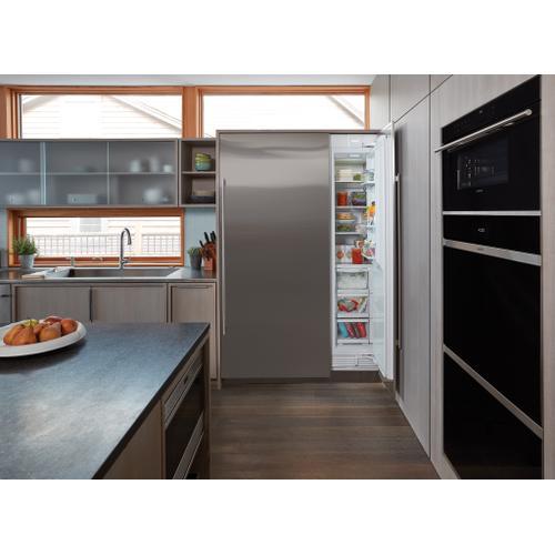 "Sub-Zero - 18"" Designer Column Freezer with Ice Maker - Panel Ready"