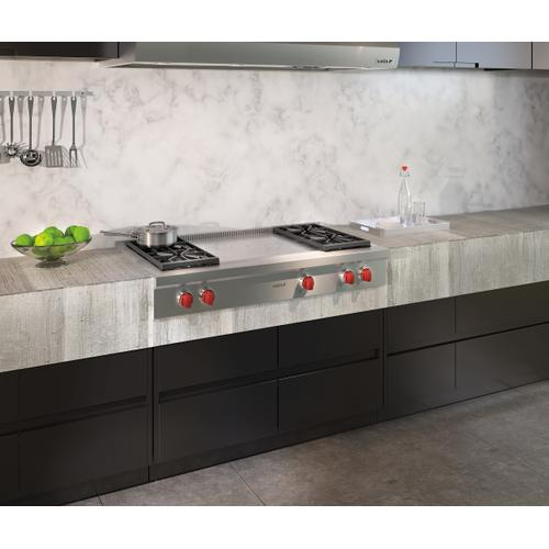 """Wolf - 48"""" Sealed Burner Rangetop - 4 Burners and French Top"""