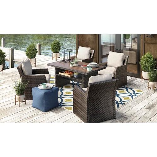 Signature Design By Ashley - Salceda Lounge Chair with Cushion