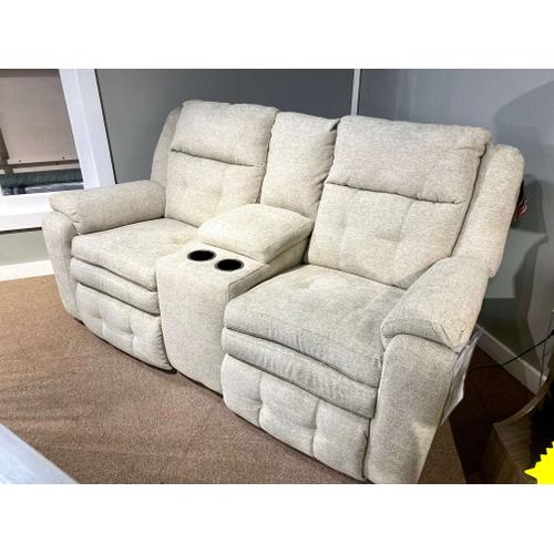 Southern Motion - Power Reclining Loveseat w/ Console