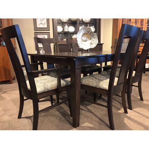 Amish Craftsman - Beaumont Dining
