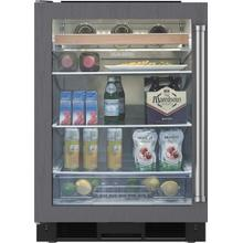 "24"" Beverage Center with Glass Door - Overlay model"