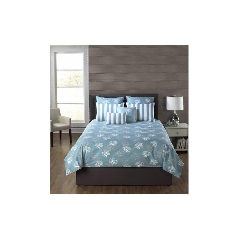 Barrier Reef Turquoise Comforter