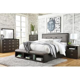 Hyndell 4Pc Queen Bedroom Set