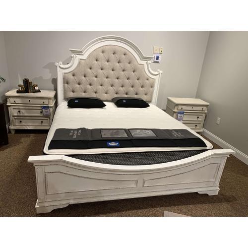 Magnolia Manor Bed