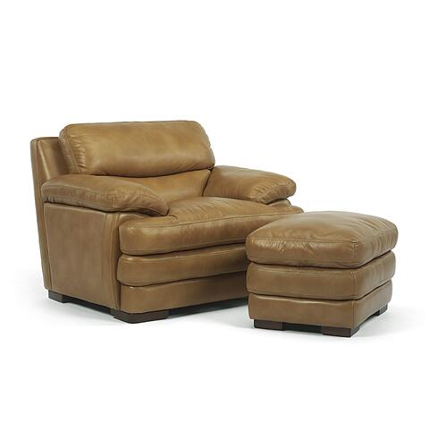 LATITUDES Collection 1127/1527 Dylan Sofa/Reclining Sofa Group