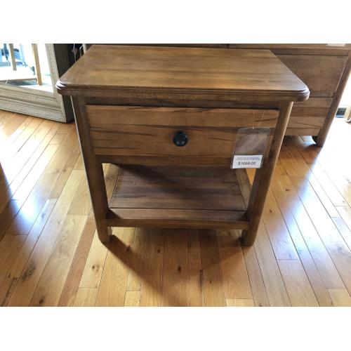 BASSETT BENCH*MADE DRESSER & NIGHT STAND ( SOLID RED LEAF MAPLE! )