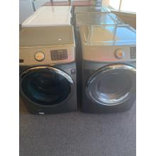 Refurbished Samsung GREY Washer Dryer Set. Please call store if you would like additional pictures. This set carries our 6 month warranty, MANUFACTURER WARRANTY AND REBATES ARE NOT VALID (Sold only as a set)