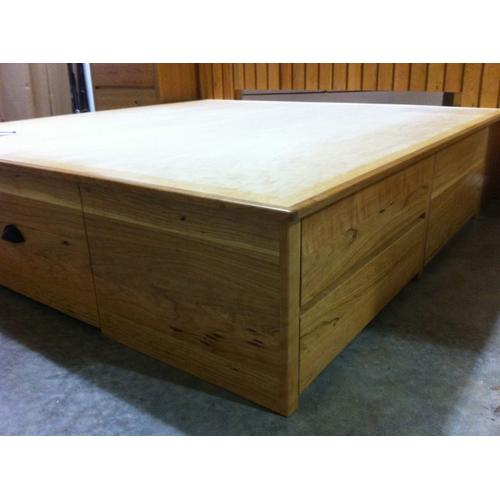 Shake Custom Chestbed with Custom Headboard and Night Stands