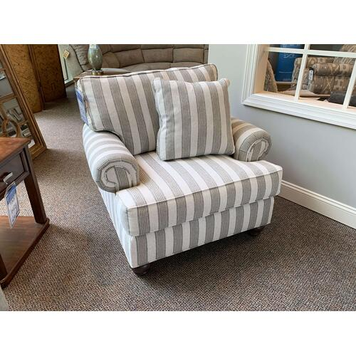 Craftmaster Furniture - Landmark Greige Cozy Arm Chair