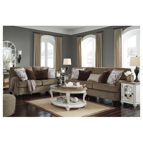 Braemar- Brown Sofa and Loveseat