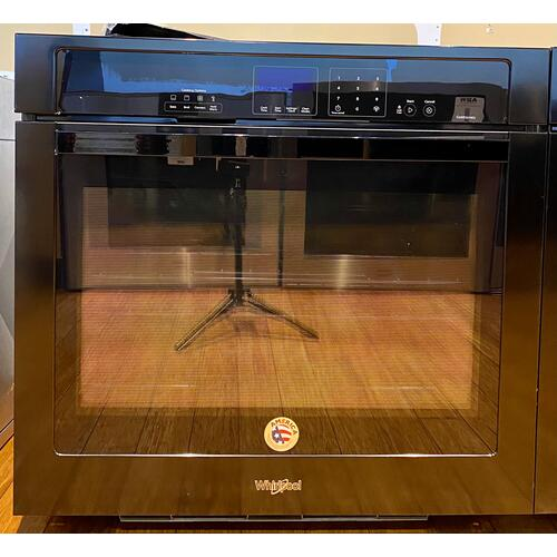 Whirlpool WOS92EC0AB     Gold® 5.0 cu. ft. Single Wall Oven with SteamClean Option