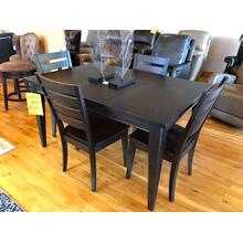 BASSETT DINING ROOM GROUP (TABLE & 4 CHAIRS)