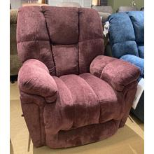 MAURER BodyRest Recliner in Sangria        (9DW37-20578,39636)