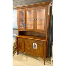 Winesburg Hutch with Buffet