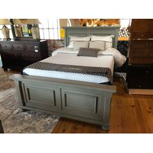 REFLECTIONS QUEEN BED (DOES NOT INCLUDE MATTRESS)