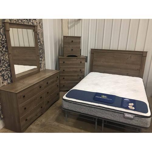 Perdue 5 Piece Bedroom Set