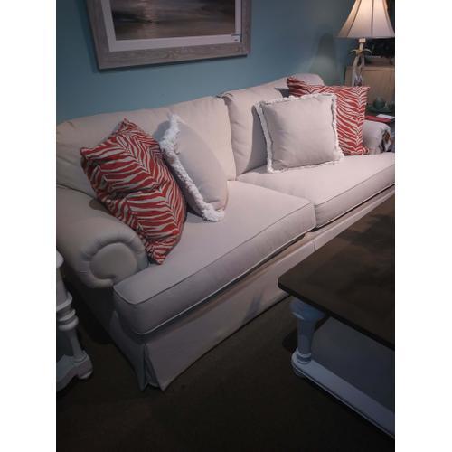 Bassett Furniture - XL 2 Seat Sofa