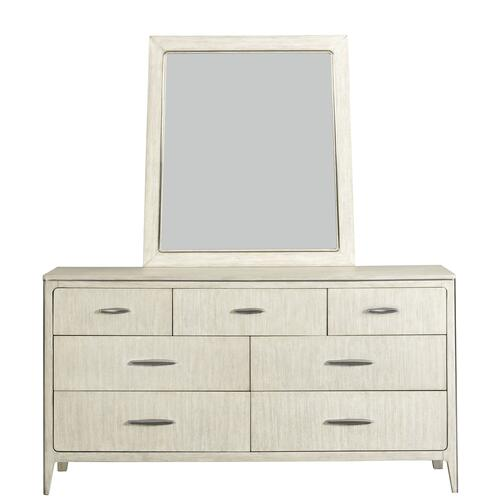 Lilly King Bedroom Set with 3 Drawer Night Stand