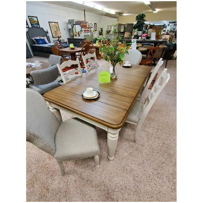 Vendor No Longer Available - KLAUSSNER DINING TABLE & CHAIRS