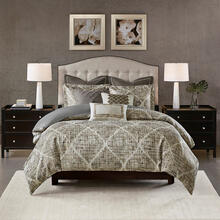 Plateau Jacquard Comforter Set