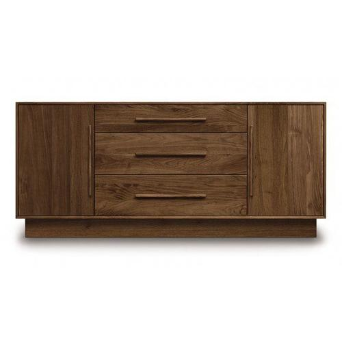 """MODULUXE 29"""" 1 DOOR ON EITHER SIDE OF 3 DRAWERS DRESSER"""