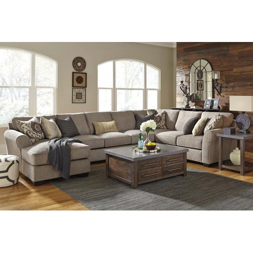 Pantomine Sectional