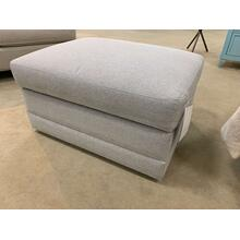 Bassett Rectangle Storage Ottoman on Casters