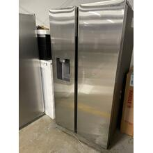 27.4 cu. ft. Large Capacity Side-by-Side Refrigerator in Stainless Steel *****SCRATCH OR DING ITEM **1 YEAR WARRANTY ANKENY LOCATION***