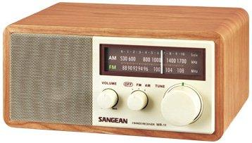 WR-11 FM / AM Analog Wooden Cabinet Receiver