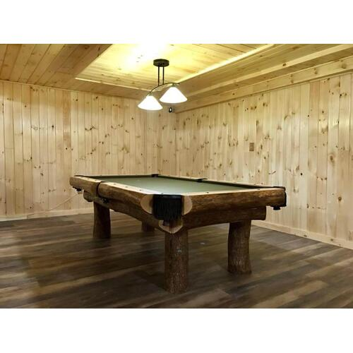 Iron Wood 8' Pool Table