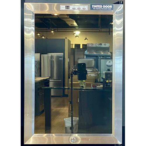 Summit SCR312LBI     Compact Built-in Beverage Center
