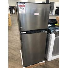 9.8 Cu. Ft. Top Freezer Refrigerator **OPEN BOX ITEM** West Des Moines Location