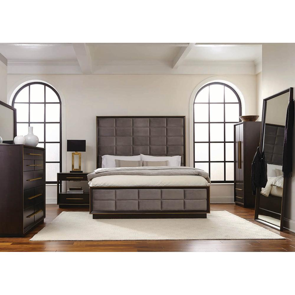Luddington 4Pc Cal King Bed Set