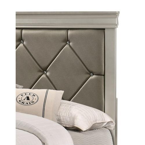 Crown Mark - Amalia Bed - Twin Size