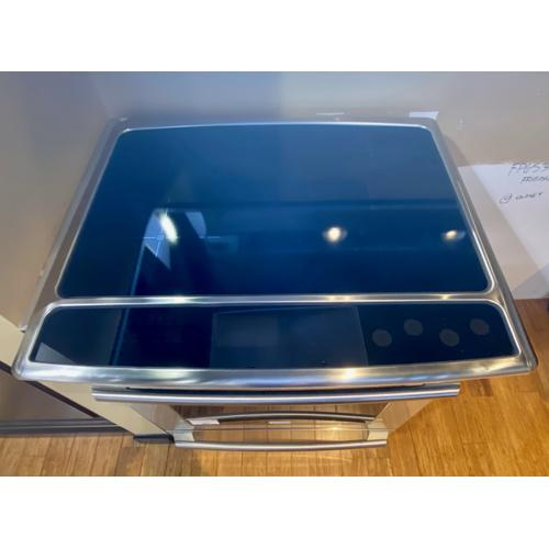 Electrolux - Electrolux EW30IS80RS     30'' Induction Built-In Range with Wave-Touch® Controls