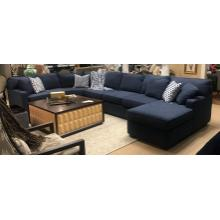 Sectional w/ Chaise