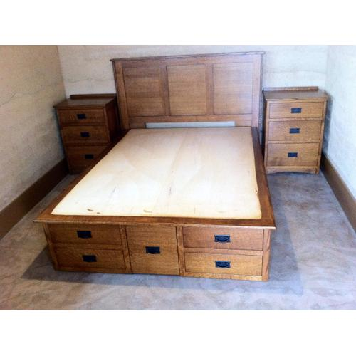 Mission Double High Chested with Mission Flat Headboard and Night Stands