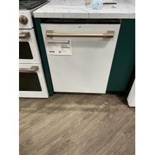 ***WEST LOCATION*** Caf Stainless Steel Interior Dishwasher with Sanitize and Ultra Wash & Dry ***DISPLAY MODEL***