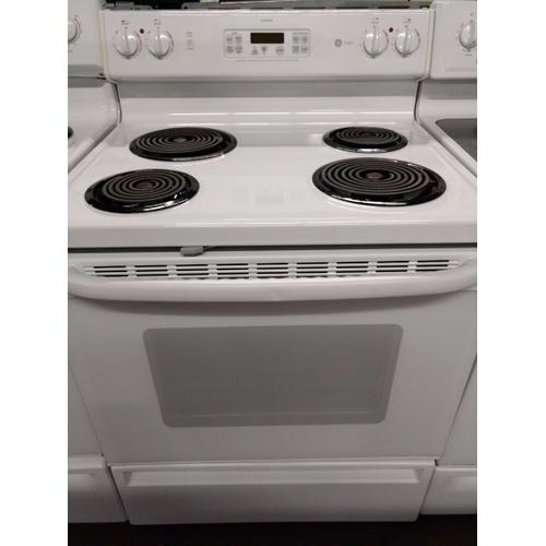 White GE Coil Top Range (This is a Stock Photo, actual unit (s) appearance may contain cosmetic blemishes. Please call store if you would like actual pictures). REBATE NOT VALID with this item.  ISI 37597 W