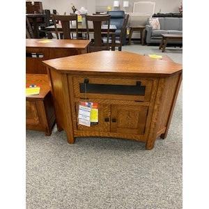 Amish Craftsman - Heartland Corner TV Stand