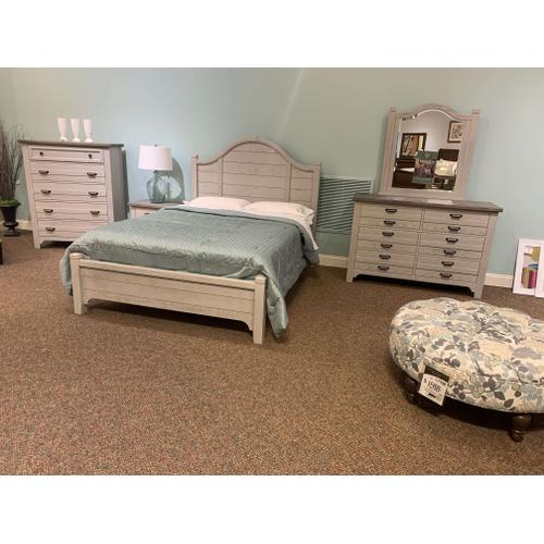 Queen Bungalow Arch Bedroom Set