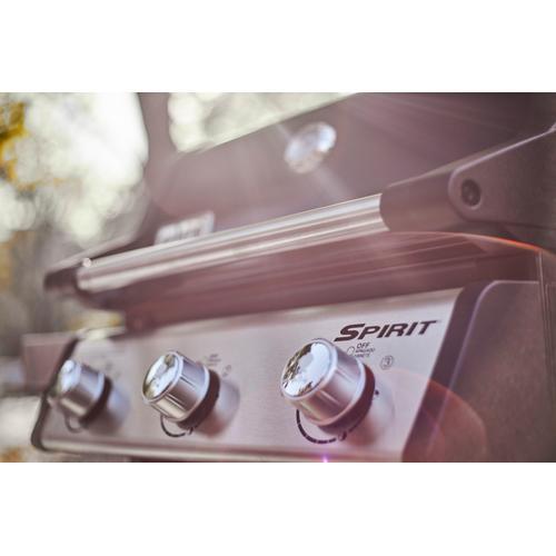 SPIRIT E-315 GAS GRILL