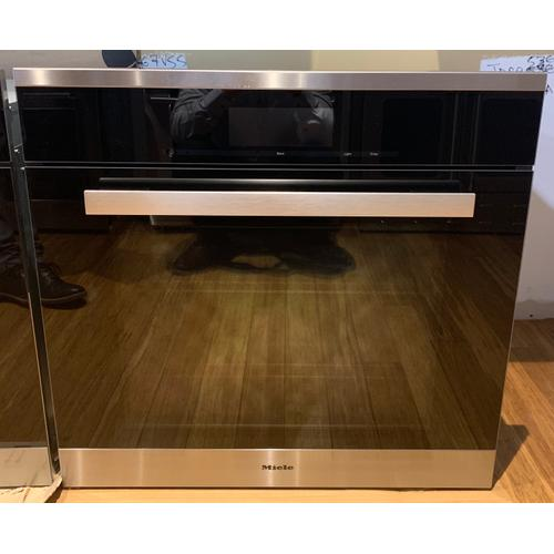 Miele H6880BP  30 Inch Convection Oven - The multi-talented Miele for the highest demands.