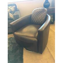 Dundee Swivel Chair