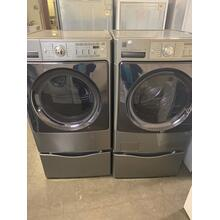 Refurbished Kenmore Elite GREY Washer Dryer Set On Pedestals. Please call store if you would like additional pictures. This set carries our 6 month warranty, MANUFACTURER WARRANTY AND REBATES ARE NOT VALID (Sold only as a set)