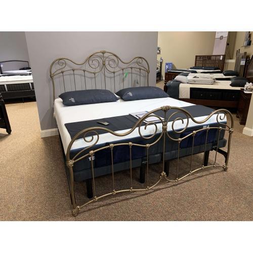 Wesley Allen - Stonehurst King Bed