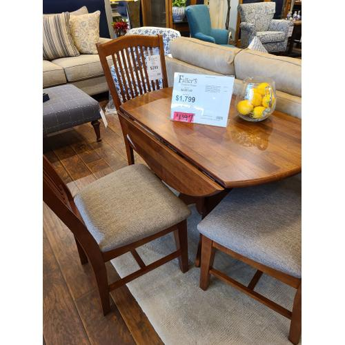 CLEARANCE 5pc Dining