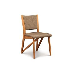 EXETER CHAIR IN CHERRY