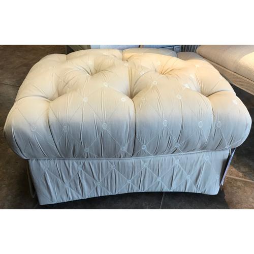 Sherrill Furniture - Tufted ottoman